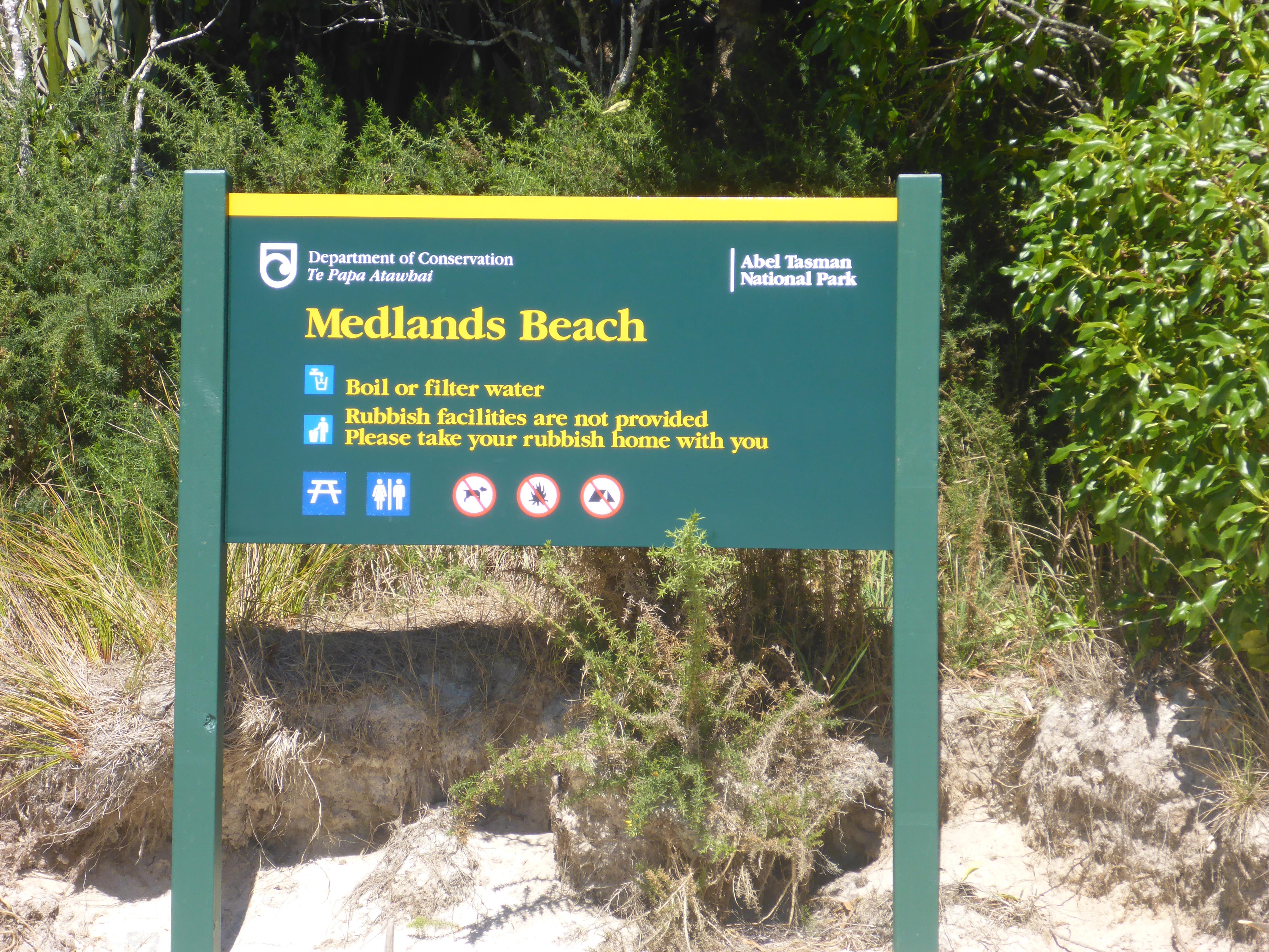 Medlands Beach : start point for our Abel Tasman Walk